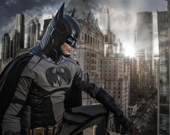 Дженсен Эклз нарядился Бэтменом